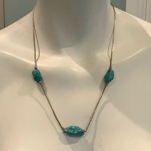 VINTAGE TURQUOISE AND SILVER STERLING NECKLACE